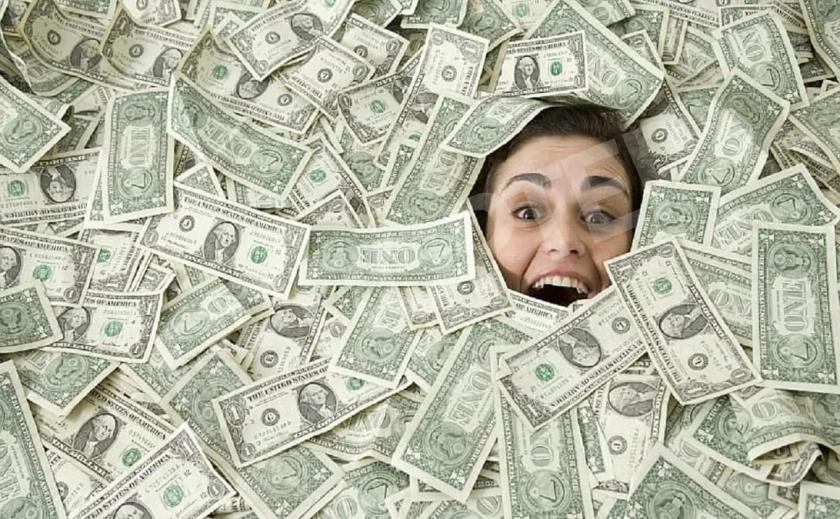 Новомосковская казна лопнет от денег?