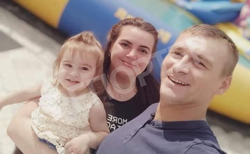 Новомосковцы ищут женщину-врача, не принявшую в больницу травмированную в ДТП 2-летнюю малышку