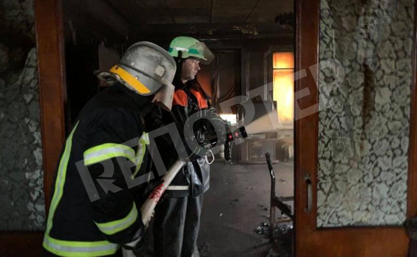 На пожаре в Новомосковске обгорел хозяин дома