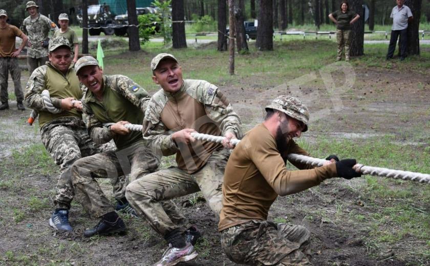 Запорожские артиллеристы победили в чемпионате «Стальная мощь»