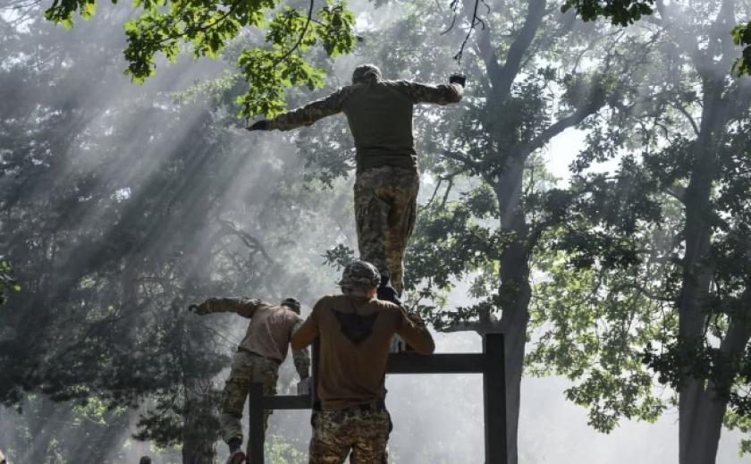 Военнослужащие-холоднояровцы выиграли гарнизонное соревнование «Стальная мощь»