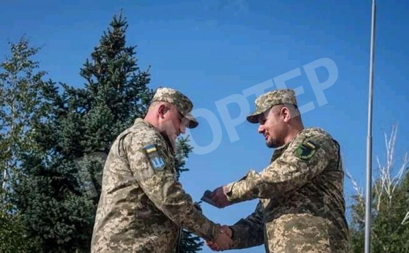 Под Новомосковском за доблесть наградили воинов 93 бригады